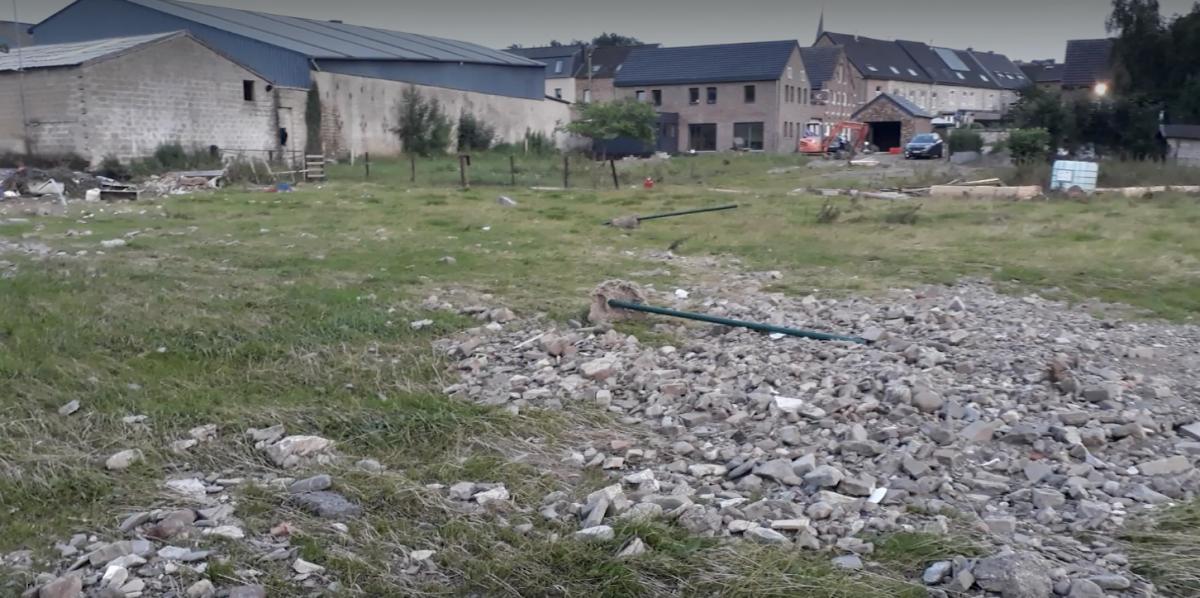 Limbourg : leur exploitation et leur glacerie ravagées par l\'eau
